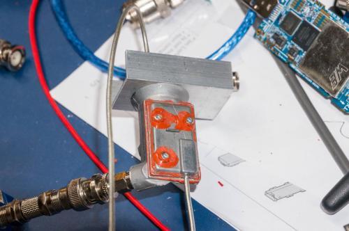 Variante 3 : Octagon Single OSLO - Der kleinste und empfindlichste LNB bisher...