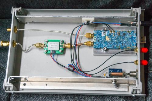 LimeSDR im Metallgehäuse